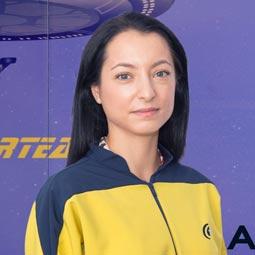 """Star Interview #42 - Roxana """"Așteptările pe care le am de la Class IT sunt acelea de a mă susține în continuare în procesul de învățare și formare profesională. """""""