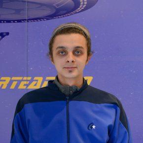 """Star Interview #58 – Nicolae P. – """"Job-ul de actor nu îmi oferea stabilitate. [...] și pentru că eram pasionat de calculatoare, m-am hotărât să aplic la StarTech Academy"""""""